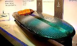 Czeers MK1 drivs av 14 kvadratmeter solceller.