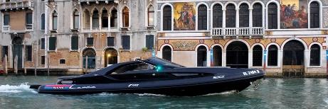 Lancia satsar på motorbåt