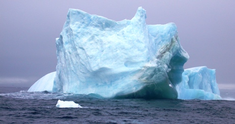 Isberg vid Antarktis