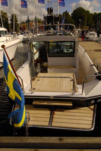 Delta 29 en Sidewalk båt med stort akterdäck