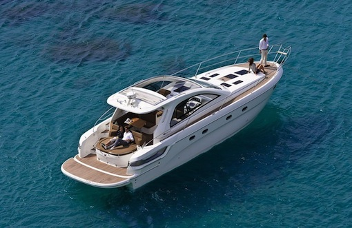 Bavaria_yacht_43HT_sport_boat