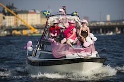 Riddarfjärden fylldes av utsmyckade båtar på Båtklubbarnas dag.