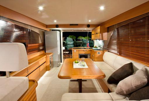 Greenline_40_interior