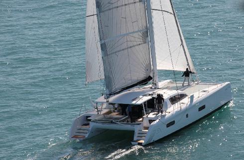 Outremer 5X j70 vinnare i European Yacht of the Year 2013 Flerskrovsklassen