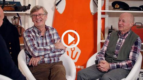 I detta avsnitt möter vi Håkan Södergren, arkitekten som blev yachtdesigner och Bengt Jörnstedt - juristen som blev segelmakare, båtredaktör och författare. Dessutom ett varmt samtal om Peter Norlin. Därtill testar vi Arronet 245 CX mot XO 270 RS i vinterrusk och provseglar franska lyxlångseglaren med fällköl – Allures 45.