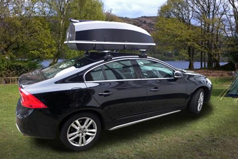 Boatbox som takbox på en Volvo