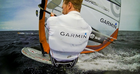 bloggare_adrenalin_Windsurf_vs_kite_Windsurf_kite_puff