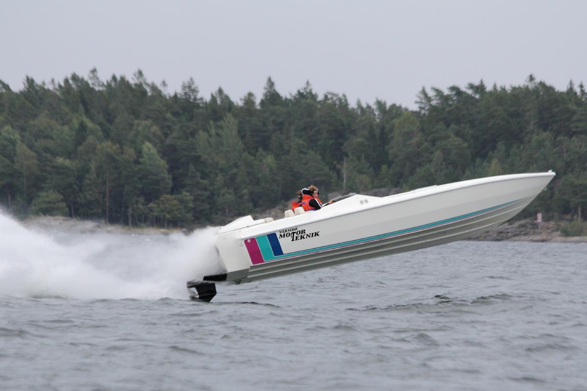 racing_motorsport_2013_Nynas_Offshore_bildspel_post-81-1376938649