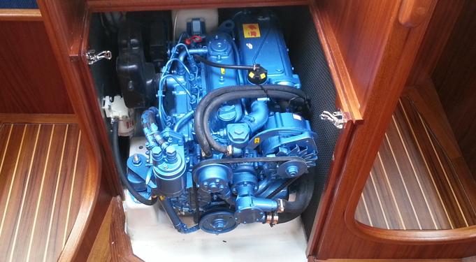 Linjett 37 med hybridmotor.