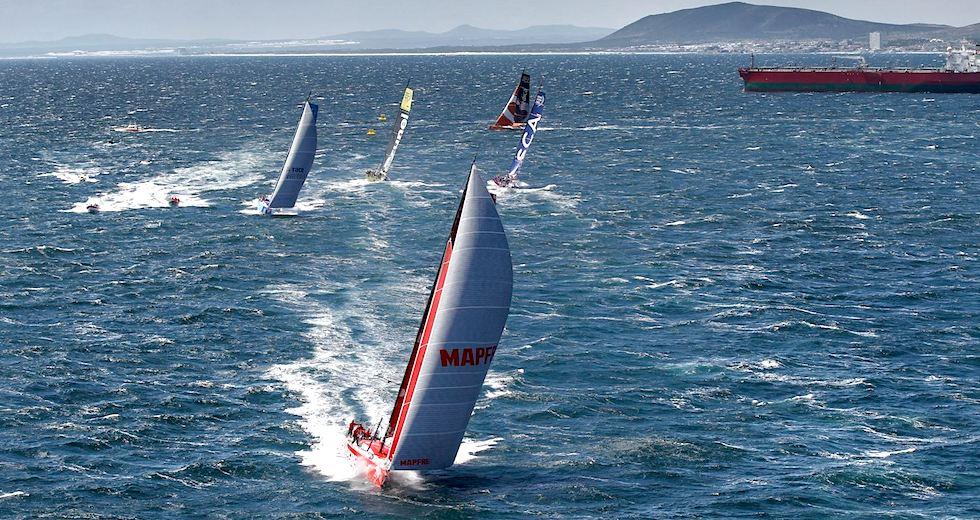 racing_havskappsegling_2014_VOR_Etapp_1_Inport_Cape_Town_Cape_Town_Practice