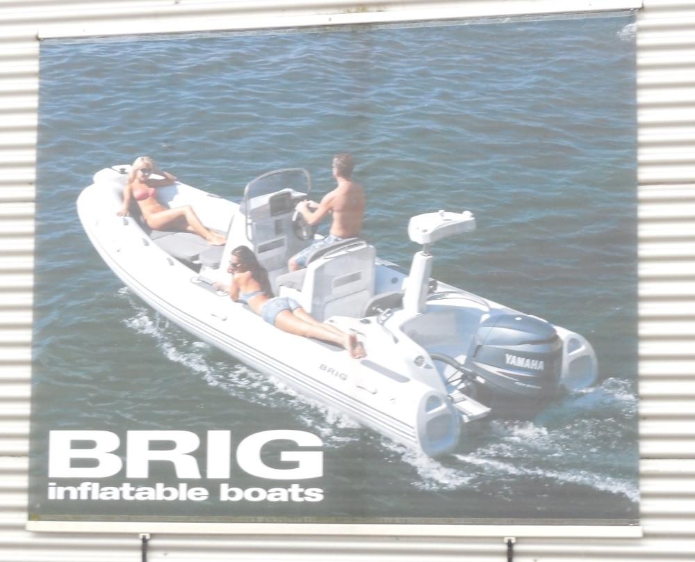 brig1402-244