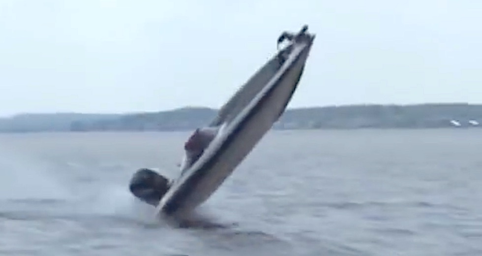 Spektakulart_2015_Olycka_sportboat_BatolyckaIngang_2