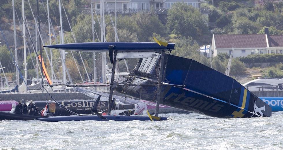 Artemis capsize