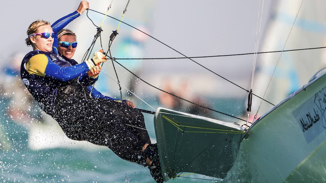 racing_bankappsegling_2016_World_Cup_Hyeres_Lisa_Hanna_49er