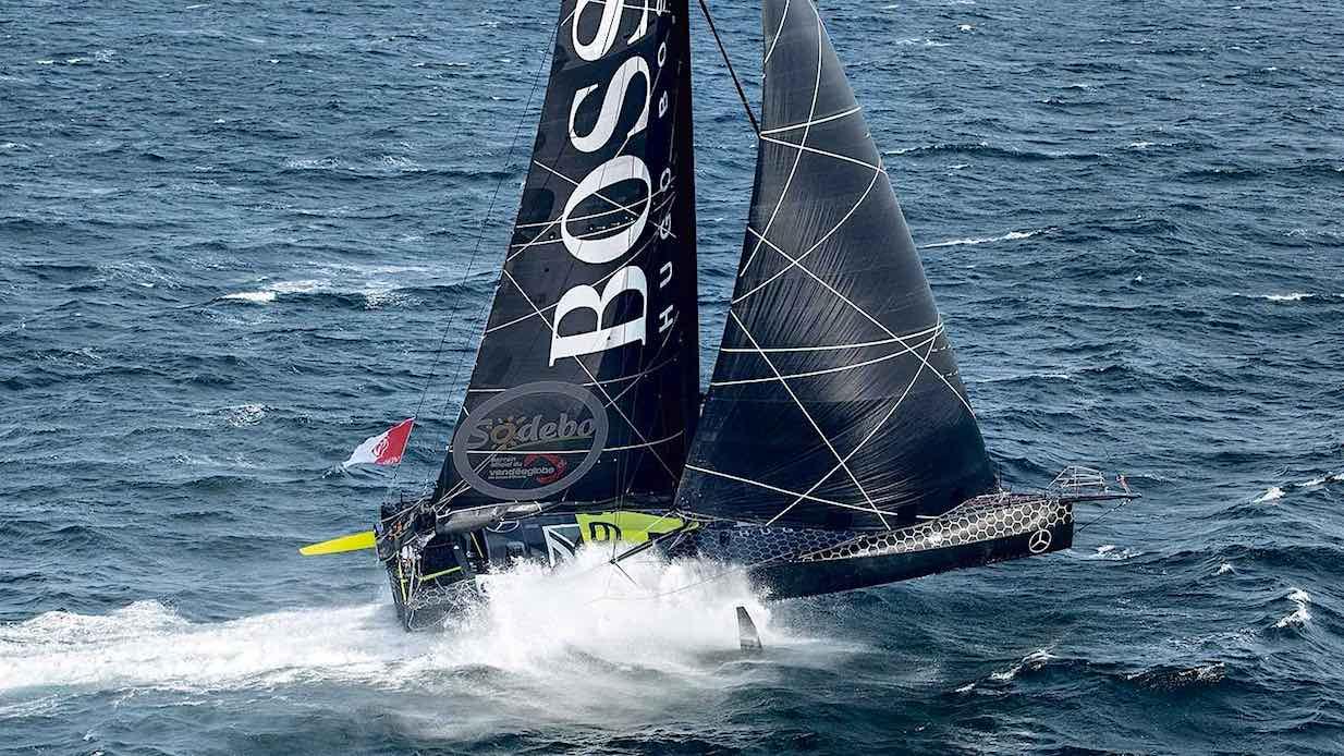 racing_havskappsegling_2016_VendeeGlobe_Hugo_Boss_14_nov_Hugo_Boss_foiling