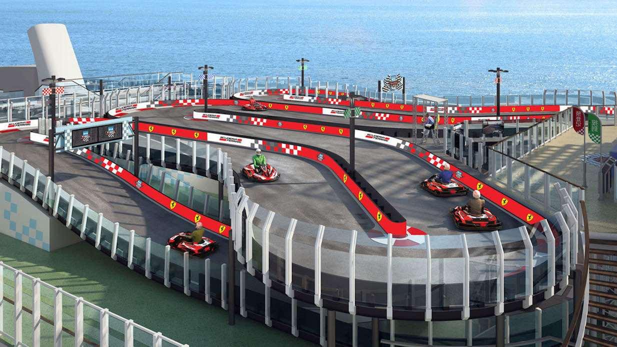 Kryssningsfartyg med gokartbana