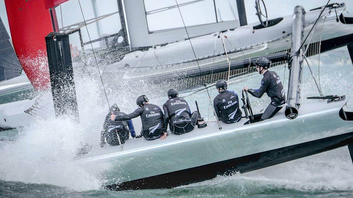 racing_bankappsegling_2017_Americas_Cup_press_Nya_Zeeland_Americas_Cup_going_down