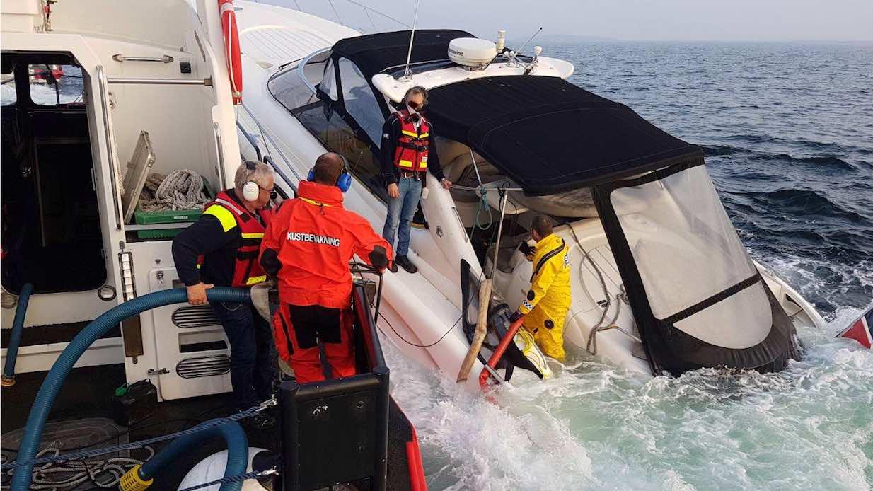 nyheter_2018_GrundStromstad_Ingang_Sinking_boat
