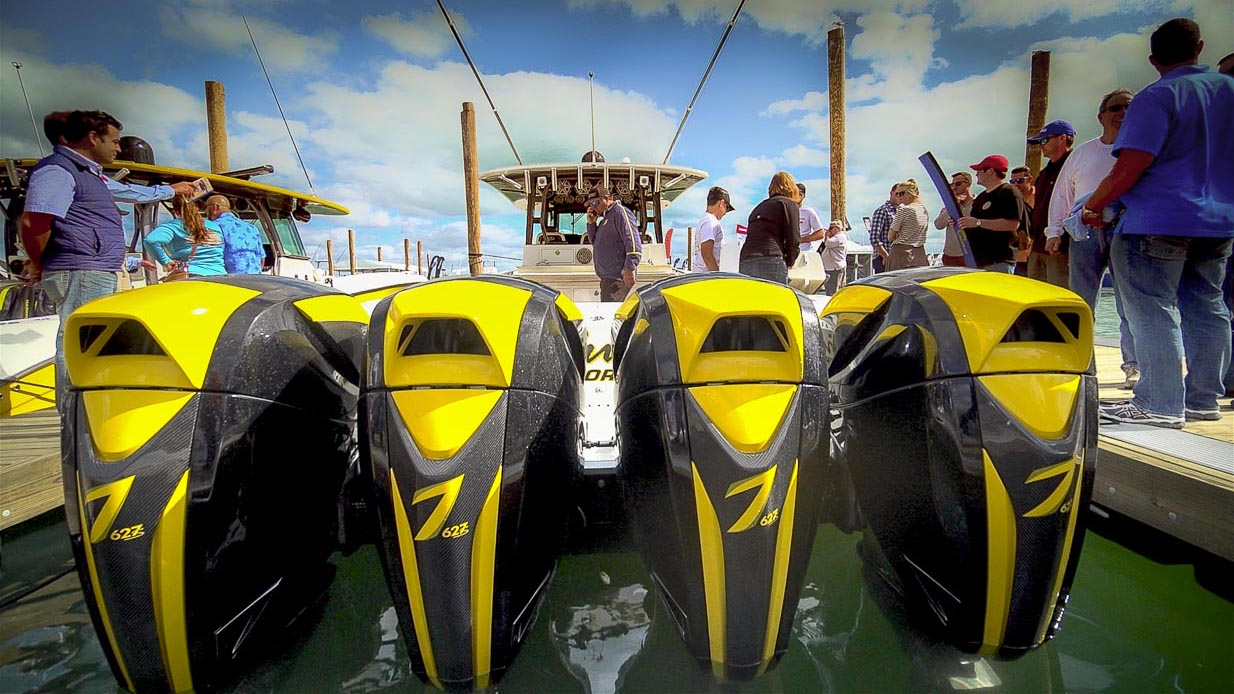 Hydra Seven Marine outboard Play