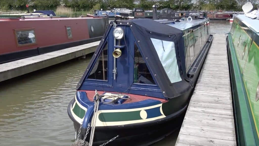 Reporter moved to a narrowboat