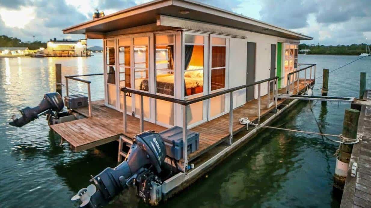 Spektakulart_2019_Homebuilt_houseboat_Homebuilt_houseboat