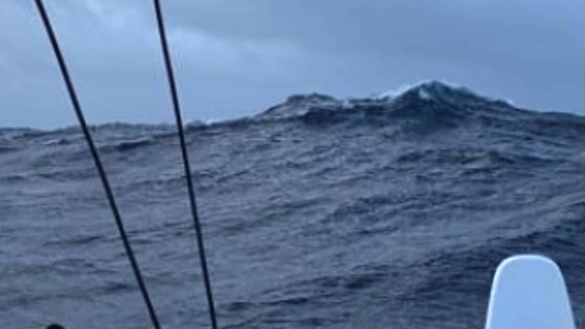 Greta Thunberg seglar över Altanten på La Vagabonde.