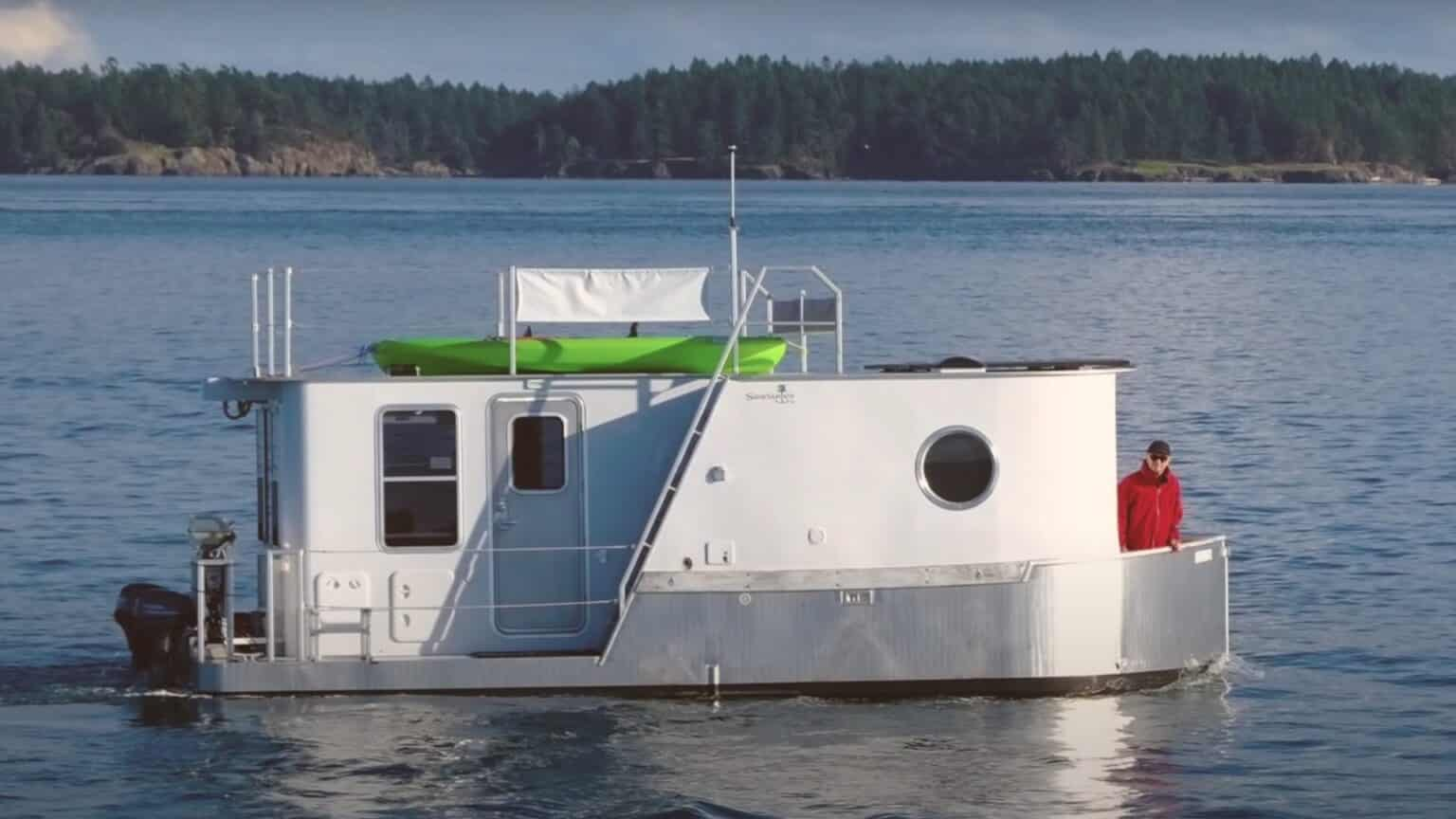 cool husbåt