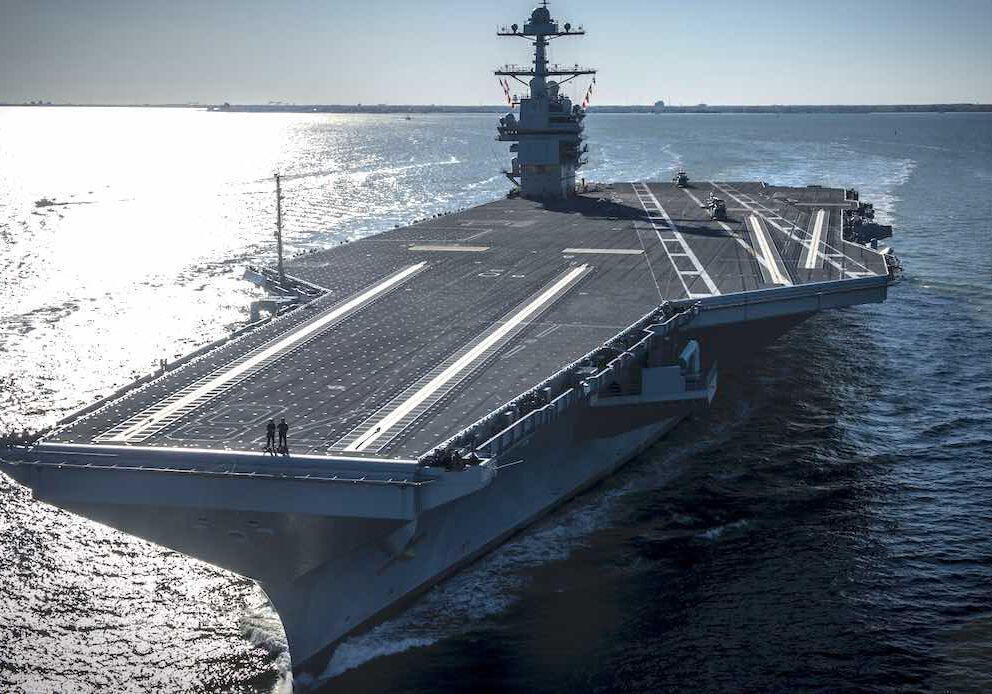 Spektakulart_2019_Hangarfartyg_Worlds_biggest_aircraft_carrier