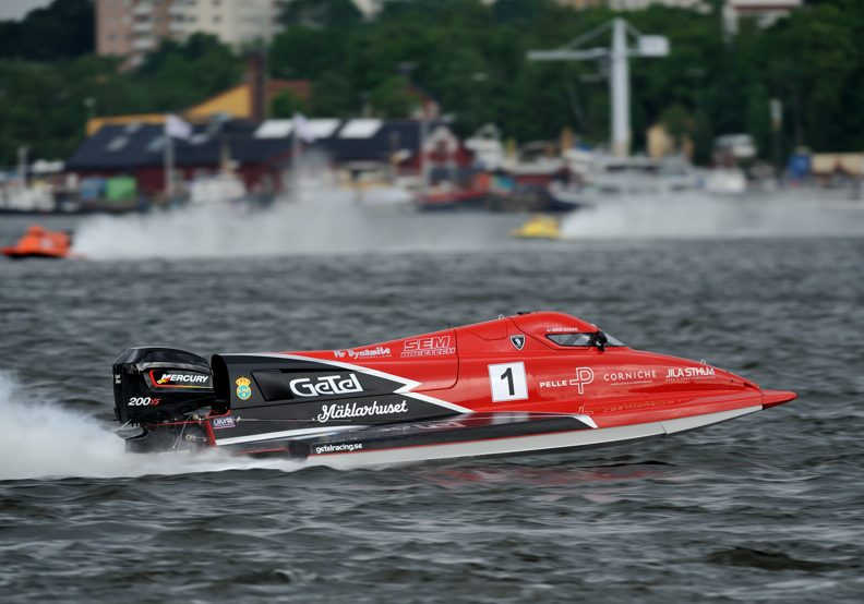 racing_motorsport_2013_F2_VM_Pole_for_Stark_in_Stockholm